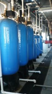 Обесцвечивание и умягчение воды для производственных нужд, производительностью до 30куб/час.